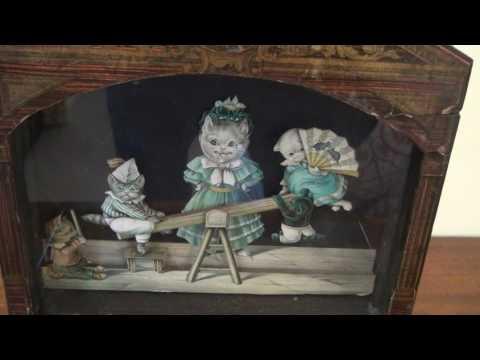 Musical Dancing Cats: Antique Symphonion Music Box