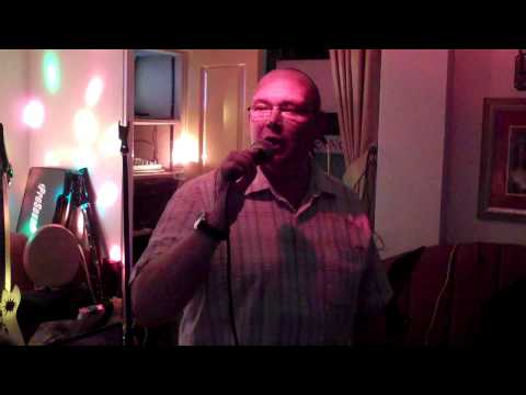 Curly Cols Karaoke Music Show - Presents - Dangerous Dave - King Of The Road.MP4