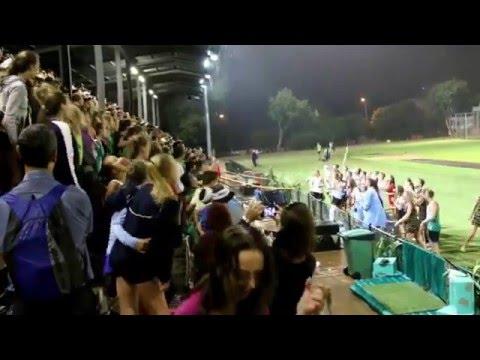 VIDEO: Singing in the Rain - Menlopark Hoërskool Interhuis 2016