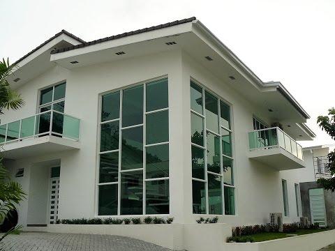 Casa en Venta en Panama,  Altos de Panamá Con Piscina, Garita y Area Social