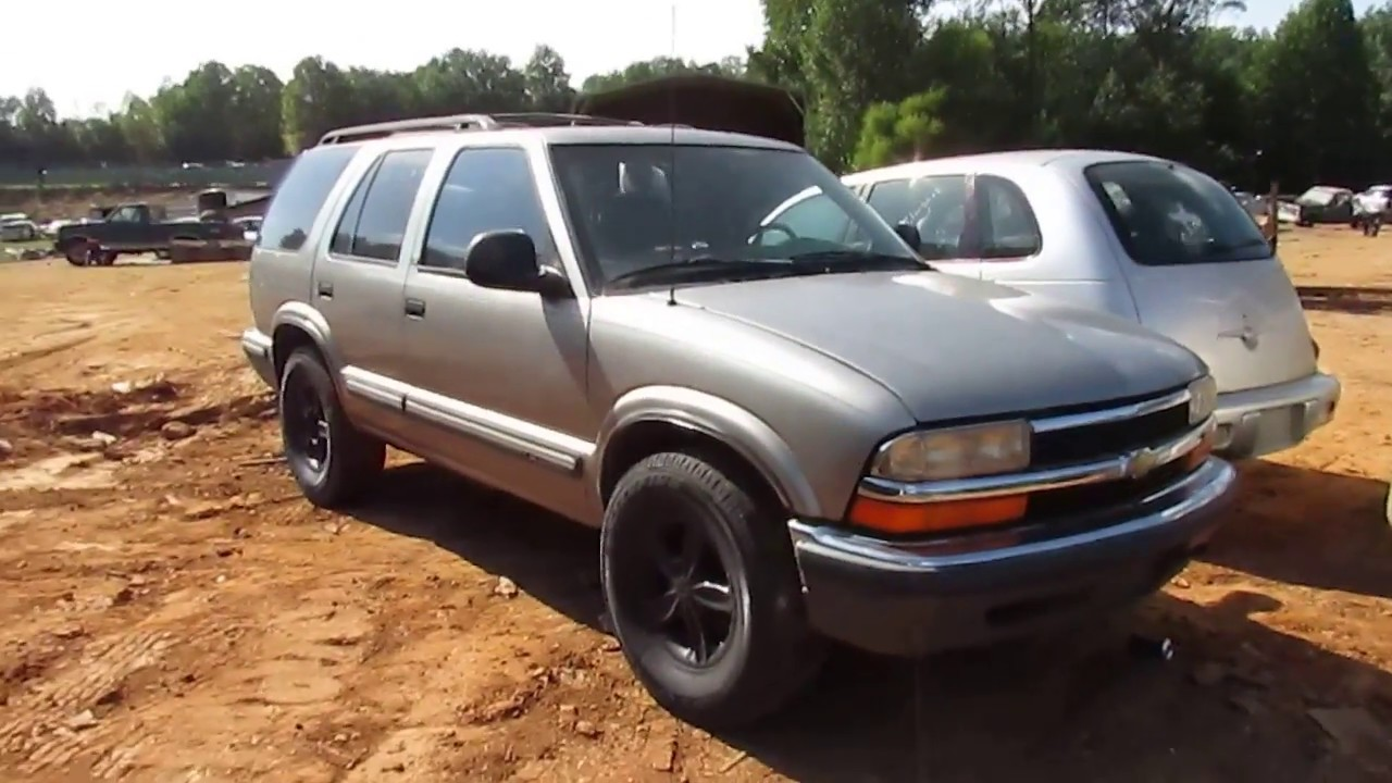 scrapped 1999 chevy blazer 4x4 will it run youtube scrapped 1999 chevy blazer 4x4 will it run