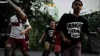 Azad - Alle Mann feat. Julian Williams (Official HD Video)