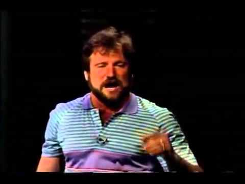 Robin Williams Standup Comedy Rare Footage Robin Williams Before He Became Famous VERY FUNNY
