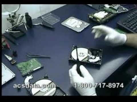 Hard Drive Data Recovery - Western Digital Head Swap - Видео