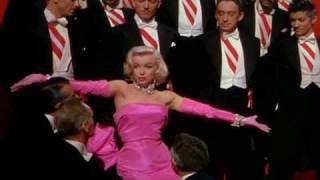 Watch Marilyn Monroe Specialization video