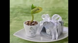 La boda simple favorece la decoración