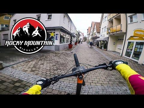 Mit WHEELIE Auf 5000€ BIKES Durch Die Stadt // BIKEPORN // RMDD #1