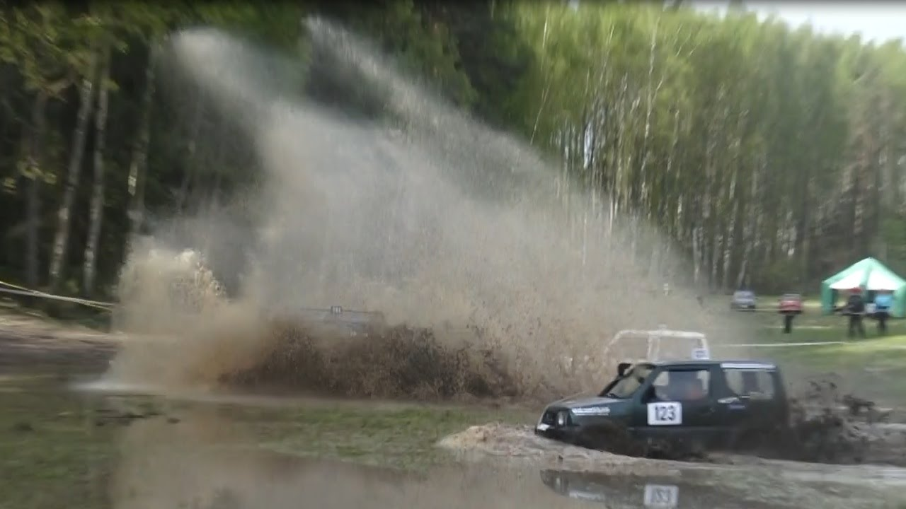 SUVs in Off-Road | Water big splash 1