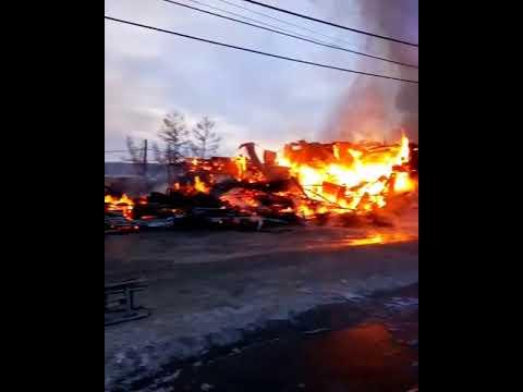 Пожар в Багдарине. Уничтожено административное здание