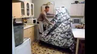 Как сложить китайскую зимнюю палатку(В этом видео вы увидите как просто и быстро сложить палатку произведенную в Китае., 2014-07-08T21:17:31.000Z)