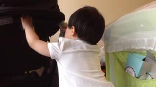 「Training 2s 學易樂 - b型牙膠」影片1 安全無毒軟橡膠才能安心讓孩子放進嘴裡咬著……