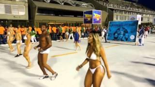Бразильский карнавал 2016 - полное видео репетиций танцев(Карнавал проходит в РИО-ДЕ-ЖАНЕЙРО (Бразилия) и собирает миллионы туристов со всего мира своими роскошными..., 2016-02-16T06:58:47.000Z)