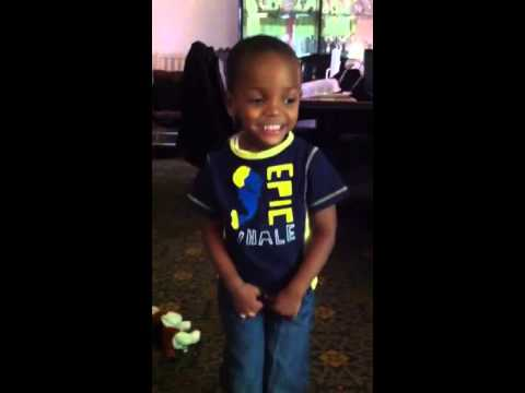 3 years old pees on his pants - YouTube