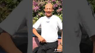 فيديوهات عمر ابو قلب طيب ♥️💛