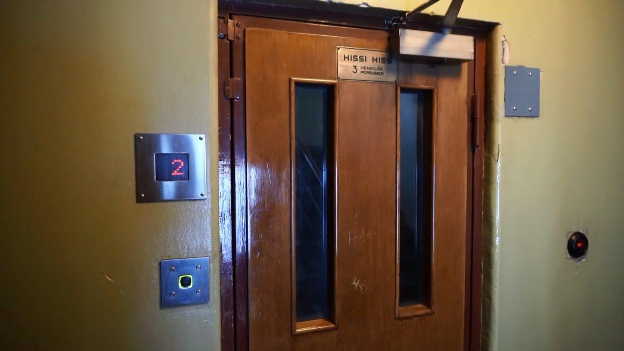 Nice doors! 1948 KONE traction elevator (2000 mb KONE M) @ Heinolankatu 4A Helsinki Finland & Nice doors! 1948 KONE traction elevator (2000 mb KONE M ... Pezcame.Com