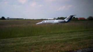 jet lands and taxies to shut down + jet takes off