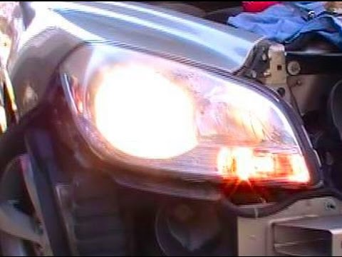 Replace A Headlight Bulb On A 2008 2009 2010 2011 2012