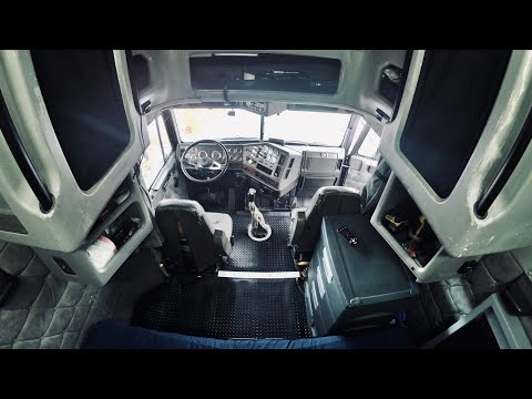 A Day In A Life Of An American OTR Trucker + Freightliner Classic Xl Interior Tour. Trucker Vlog 60