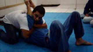 chave de braco partindo da imobilizacao do 69!!! Equipe Robson Jiu Jitsu Team Joinville