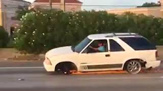 WTF VID-Cars do drive without tyres