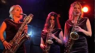 Saxy Sisters. Das Saxophon-Trio. saxysisters@web.de