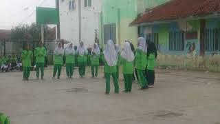 Video Yel Yel pramuka kelas 8 B  #alhamdulillah juara 1 (satu) download MP3, 3GP, MP4, WEBM, AVI, FLV Desember 2017