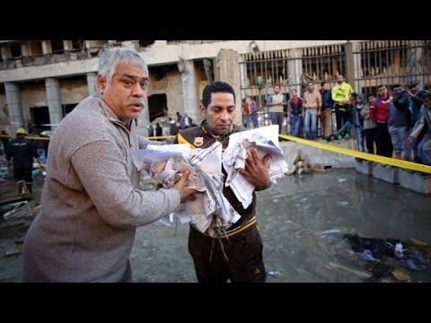 Deadly bombs push Egypt to crisis's edge