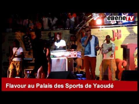 FLAVOUR électrise le palais des sports de Yaoundé