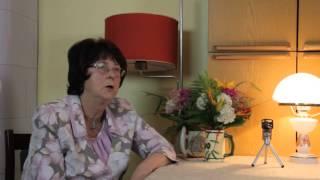 """Anda Kubuliņa un Inta Čaklā. """" Savējo sarunas par dzeju un dzīvi""""."""
