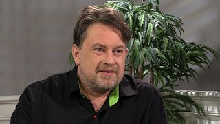 Magic im Gottesdienst! | Matthias Drechsel zaubert Bibel TV ein Lächeln ins Gesicht