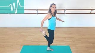 Quad Stretch Safely During Pregnancy | Powerful Pregnancy | Jane Wake