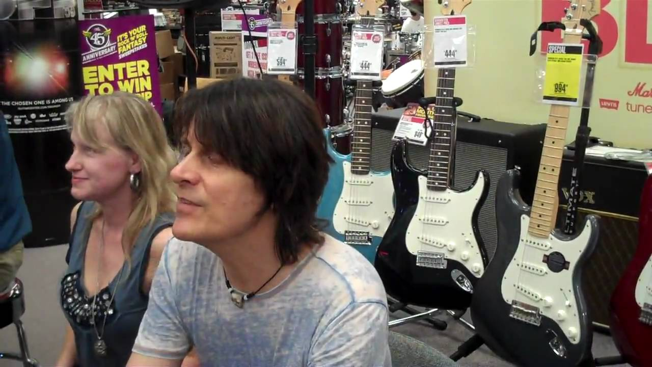 rusty anderson at guitar center arlington texas august 19 2009 youtube. Black Bedroom Furniture Sets. Home Design Ideas