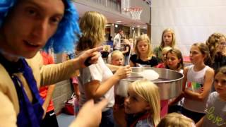 Voorstelling OBS de Meent, Fret Suikerpret in Onstwedde, Camping de oude Molen - WerfTV vlog #22