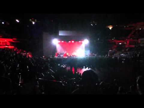 Brainstorm - Arctic Monkeys - Live @ Bankers Life Field House