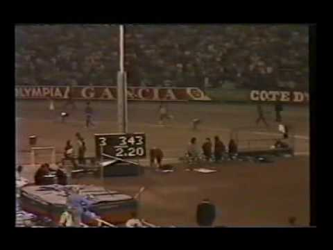 10,000m Race In The Early 80's Featuring Steve Jones From Wales.