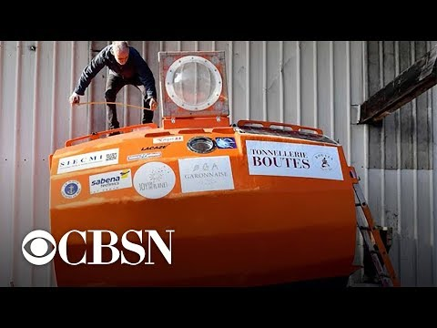 This 71-year-old Frenchman is trying to cross the Atlantic Ocean in a barrel