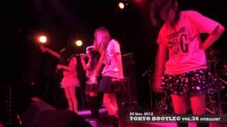 メンバーはTIRA、仲野珠梨、朝倉みずほ、美月友華の4人 2012年12月20日...
