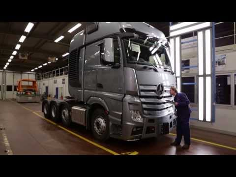 mercedes benz new actros 2011 trucks production plant worth funnydog tv. Black Bedroom Furniture Sets. Home Design Ideas