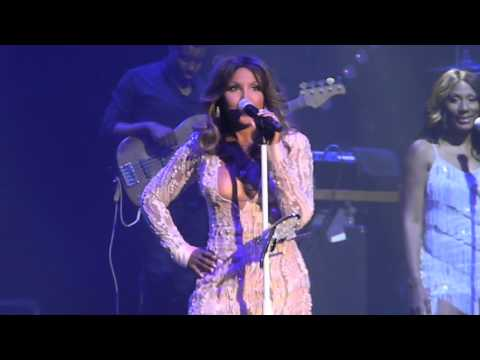 Toni Braxton - Love Shoulda Brought You Home/You Mean The World to Me (live in Brooklyn)