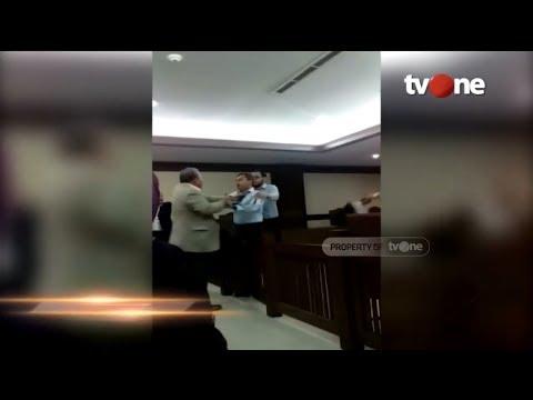 Pengacara Serang Hakim Ketika Baca Putusan