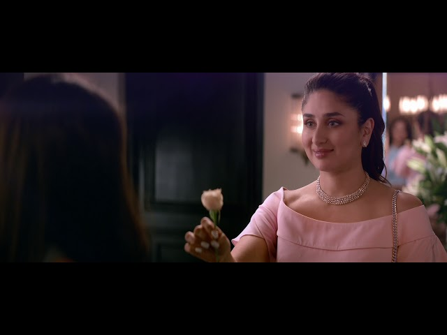 Even Kareena couldn't resist! || #GiveInToTemptation