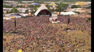 John Mayer - Waiting on the world to change   live at Glastonbury (lyrics)