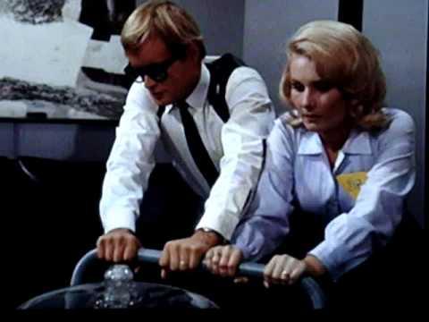 "Nice U.N.C.L.E. Blonde 1 / 6 "" Secretary "" Pistol Blue Skirt"