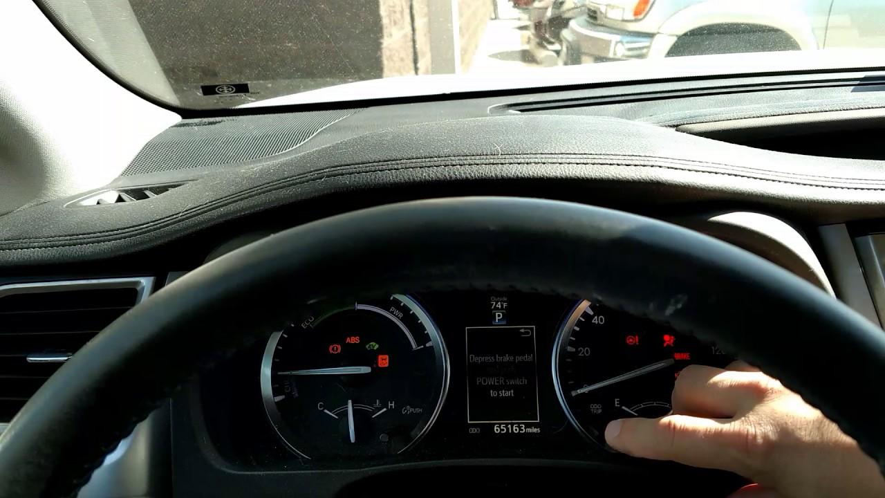 How to reset a maintenance light on a 2015 toyota highlander hybrid