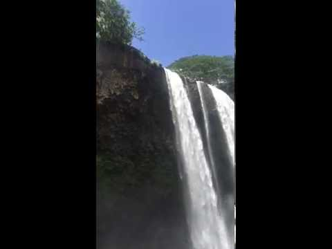 Visitor, daughter save man after he jumps from Wailua Falls