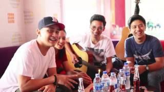 Surprise 7 Tahun HiVi di Phoenix Radio Bali