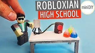 Robloxian Highschool Science Class - DIY Roblox Toys