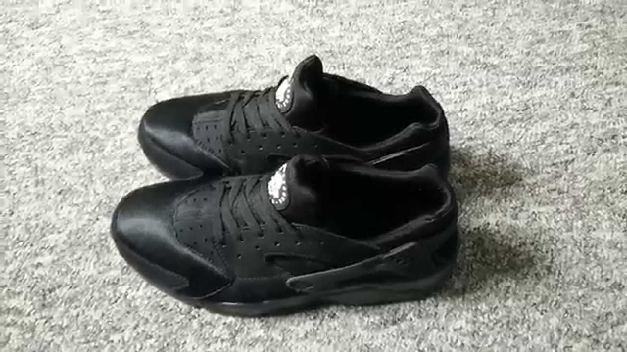 the best attitude f53c7 06a7e Nike Triple Black Huarache Replica from rephot.cn - YouTube