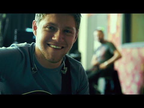 Niall Horan - Slow Hands (8D Audio)