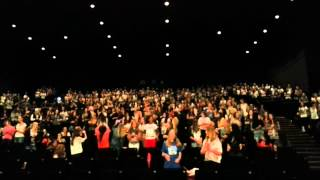 Directioners in cologne singing BSE at this is us